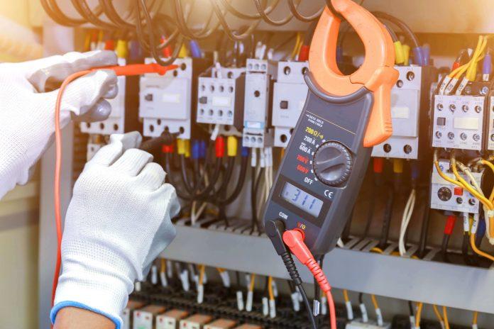 Interni akti v skladu s pravilniki o obratovanju in vzdrževanju elektroenergetskih postrojev